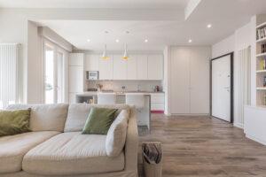 casa moderna open space divano